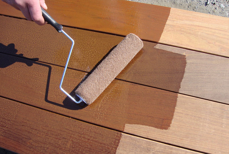 Applying Ipe Oil<sup>®</sup> hardwood finish