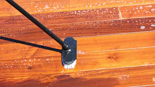 Clean your hardwood deck