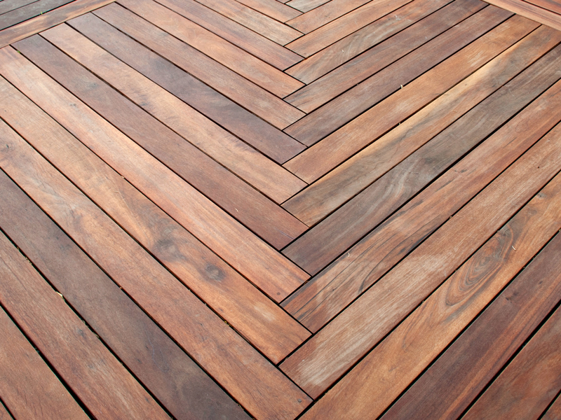 Amazing Tigerwood deck built with Ipe Clip® hidden deck fasteners