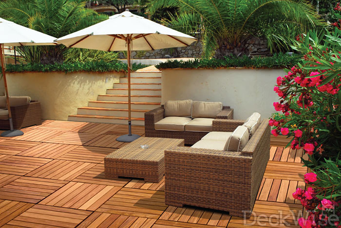 Beautiful outdoor patio constructed with Ipe WiseTile™ hardwood deck tiles