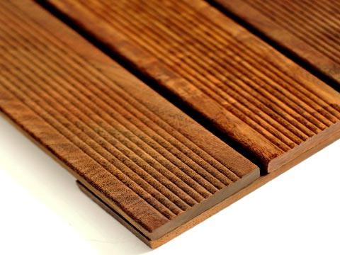 Ipe Anti-Slip WiseTile™ Hardwood Deck Tile close up